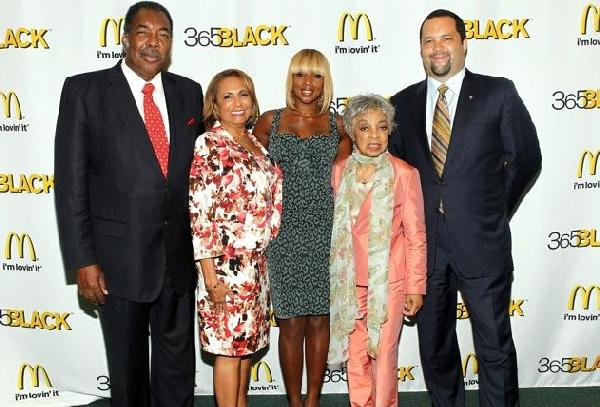 "L to R: 2011 McDonald's 365Black Awards Honorees; civil rights ""Freedom Rider"" and McDonald's owner/operator Henry ""Hank"" Thomas, Radio One network founder Cathy Hughes, multi-platinum recording artist Mary J. Blige, legendary Broadway actress Ruby Dee and NAACP's president & CEO Benjamin Jealous"