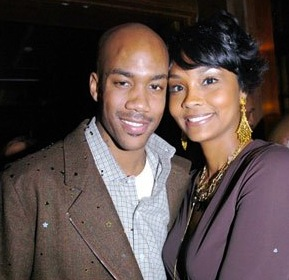 Stephon Marbury & wife Latasha Marbury (married in 2002)