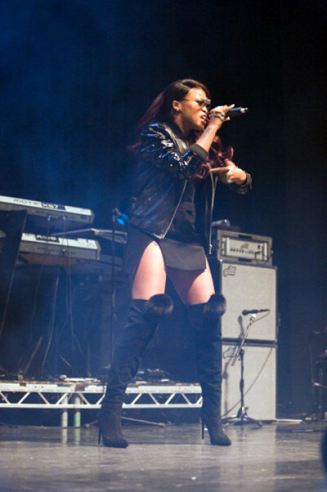 lil-kim-eve-london-6