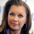 vanessawilliams-charityevent